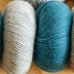 4 balls of knitting wool
